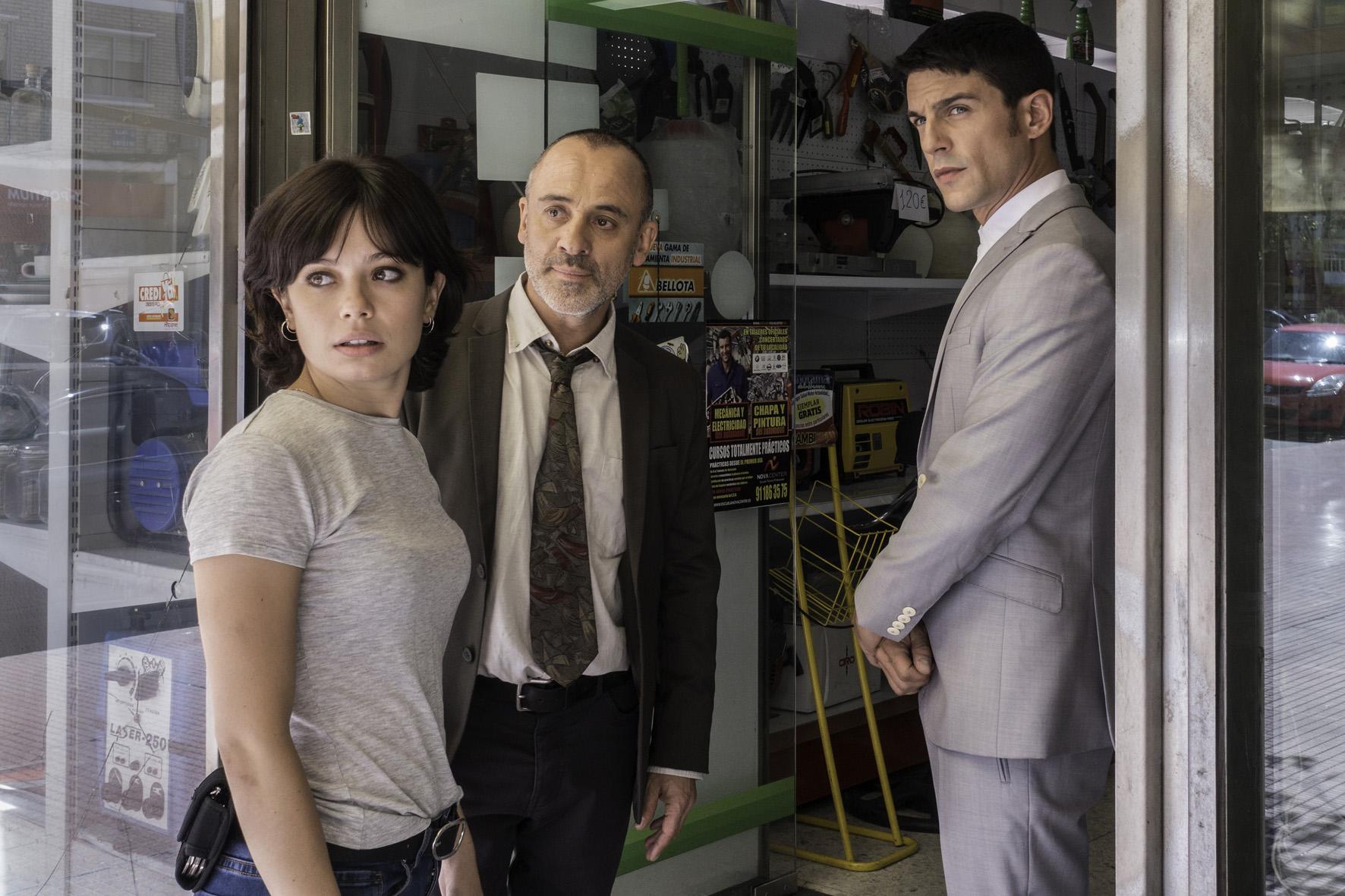 Anna Castillo, Javier Gutierrez y Alejo Sauras.jpg